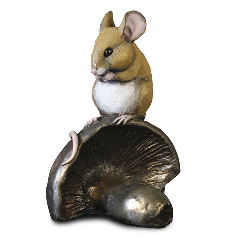 a munching little mouse UK MLM2 a main